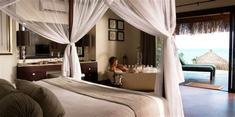 chambre baignoire chambre avec salle de bain fusion d 39 espaces harmonieuse