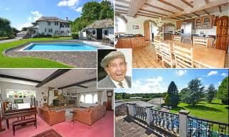 sir norman wisdoms villa   sale  million