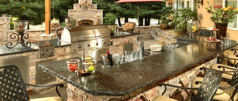 How to Design an Outdoor Kitchen that Possesses Luxury