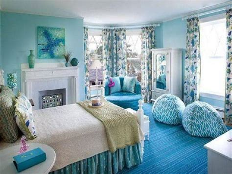 Soothing Wall Colors, Hot Dreamgirls Blue Teenage Girls
