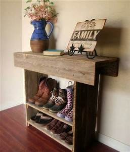 Pallet Wood-Redone to Create a Shoe Rack Pallet