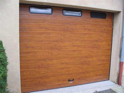 porte de garage sectionnelle la toulousaine fermetures portes de garage volets portes et