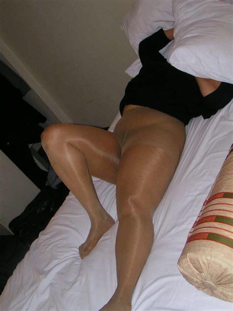Plump Sex In Pantyhose