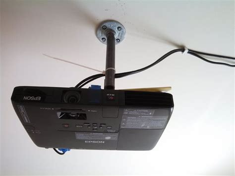 diy  cost porjector ceiling mount  pictures