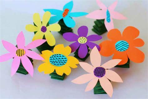 Fabriquer Des Fleurs En Papier Maternelle Fabriquer Un Bouquet De