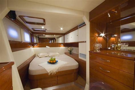 luxury yacht charter sailing catamaran blaze ii sunreef 62 blaze ii guest cabin 2 sunreef