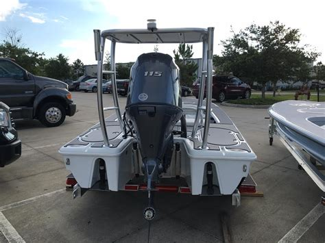 Yellowfin Skiff Price by 2016 17 Yellowfin Polling Skif The Hull Boating