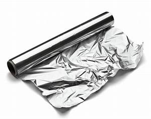 Why You Shouldn't Cook Your Food On Aluminum Foil ...