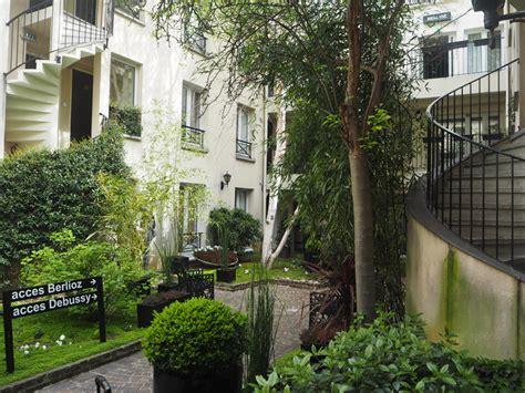 hotel in the 11th arrondissement of le patio antoine les berlinettes