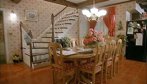 Pictures Of Painted Staircases In Homes by The Real Quot Home Alone Quot House In Winnetka Illinois