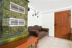 Alte Fliesen Streichen : ofenkacheln streichen so gehen sie vor ~ Markanthonyermac.com Haus und Dekorationen