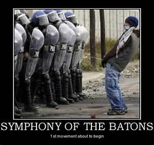 Brave or stupid? #Funny, #police, #protest | Funny Meme ...