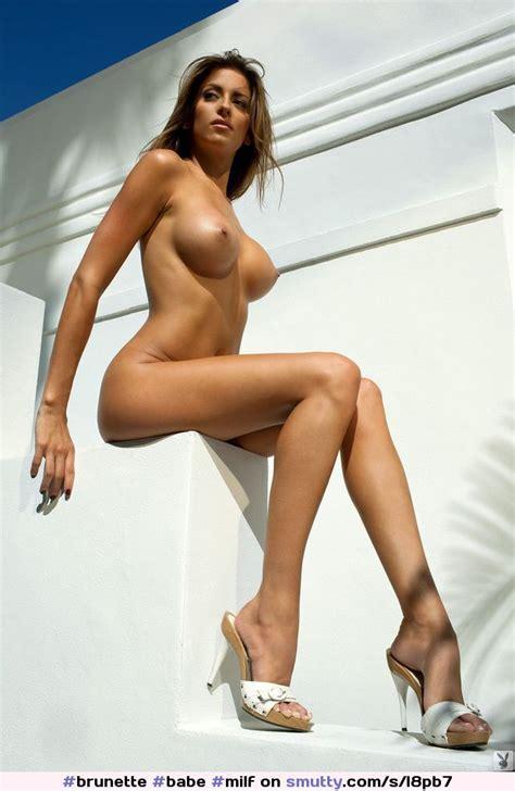 Brunette Babe Milf Cougar Summer Heels Heelsonly