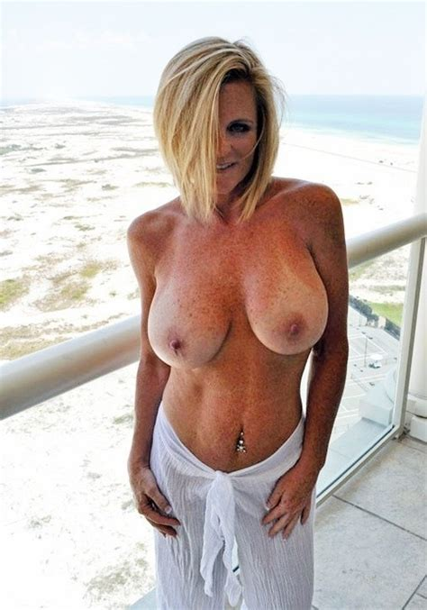 Freckled Blonde Quot Lexeigh Quot Source Incl Milf Milfs Pictures Pictures Luscious