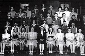 Resurrection 7th Grade Class - 1947