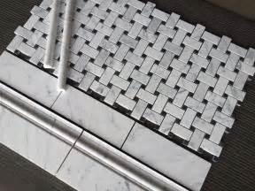 kitchen backsplash ideas with oak cabinets basket weave tile basketweave carrara marble bathroom