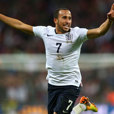 Andros Townsend Should Replace Theo Walcott for England ...
