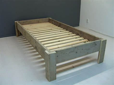 zelf bed maken van steigerhout google zoeken