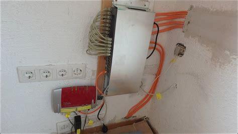 lan über stromkabel lan anschluss patchpanel switch router dsl anschluss rue25 notizen