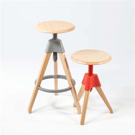 tabouret de bar 224 vis en bois et acier 4 pieds tables chaises et tabourets