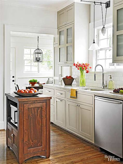 colors  small kitchens  homes gardens