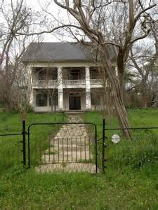 Abandoned Southern Plantation Homes
