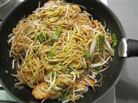 colruyt recettes de cuisine wok aux scis et aux nouilles chinoises recette
