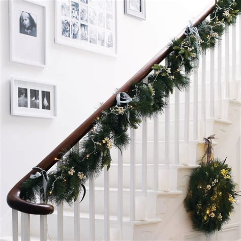 stair garland ideas 24 best stair garlands images on deco decor and merry