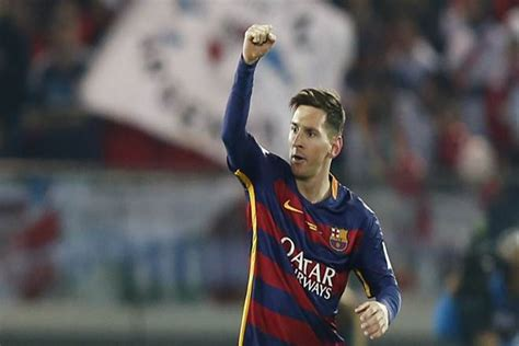 Lionel Messi heads Argentina squad for World Cup ...
