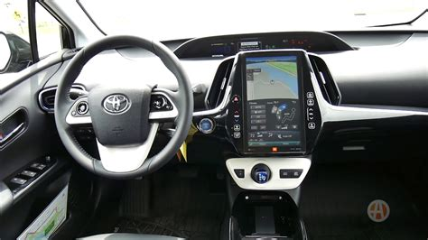honda insight  toyota prius interior review