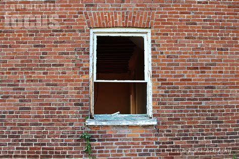 demolishing historic lundy home mazo de la roche kirk