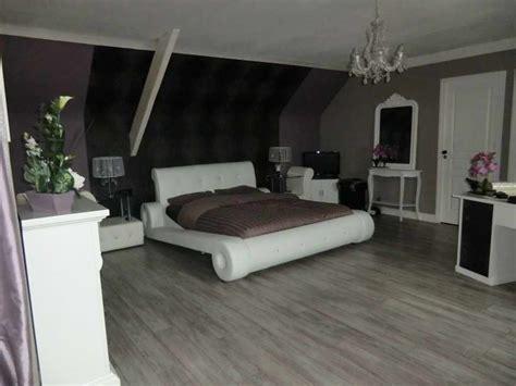 chambre mauve et chambre mauve et noir design de maison