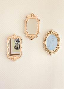 Spiegel An Der Wand Befestigen : sch ne wohnideen einrichtungsideen f r raumteilung in kompakten lofts ~ Markanthonyermac.com Haus und Dekorationen