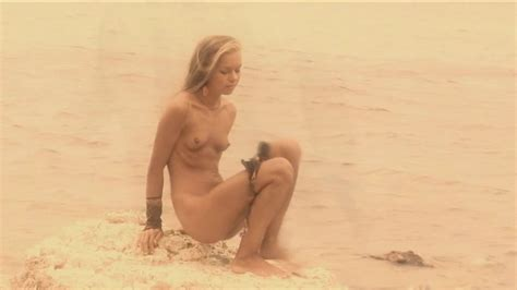 Nude Blonde In Outdoor Solo XBabe Video