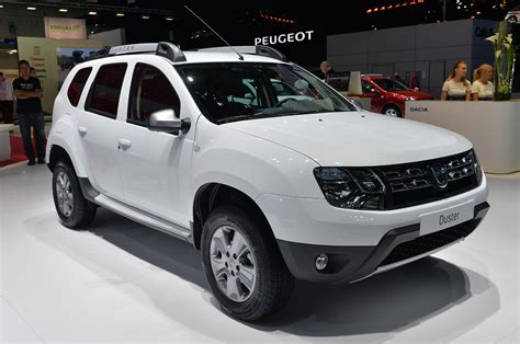 renault duster 2014 2014 dacia duster frankfurt 2013 photo gallery autoblog