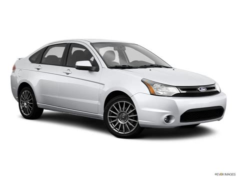 ford focus read owner  expert reviews prices specs