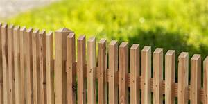 Welches Holz Für Gartenzaun : holz im garten ~ Lizthompson.info Haus und Dekorationen