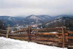 prettiest places to see during the winter in gatlinburg visit gatlinburg tennessee