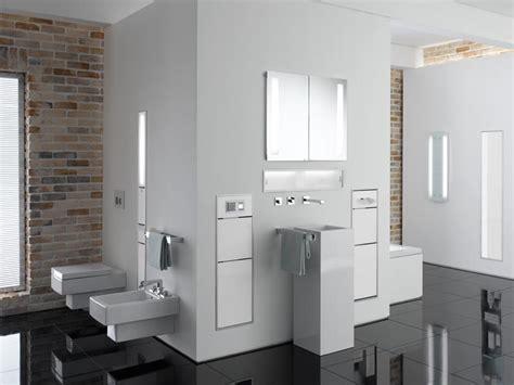 Badezimmer Fliesen Deckenabschluss by Emco Und Geberit Gemeinsam F 252 R Eine Bessere Raumnutzung Im