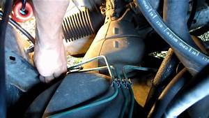 Embrayage Clio 2 : tuto 2 2 remplacer le c ble d 39 embrayage d 39 une clio 1 how to replace clutch cable hd youtube ~ Gottalentnigeria.com Avis de Voitures