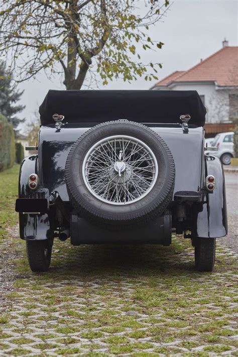 Chassis details were similar to the other bugatti models sold concurrently. 1929 Bugatti Type 44 Roadster par Frugier