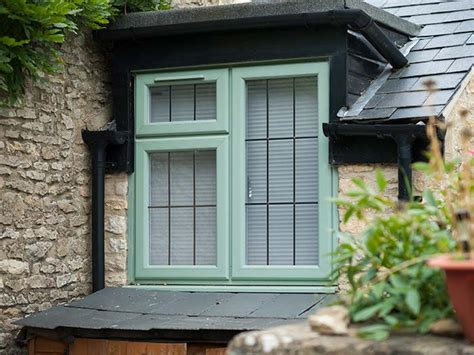 heritage timber windows  wiltshire oxford emerald windows