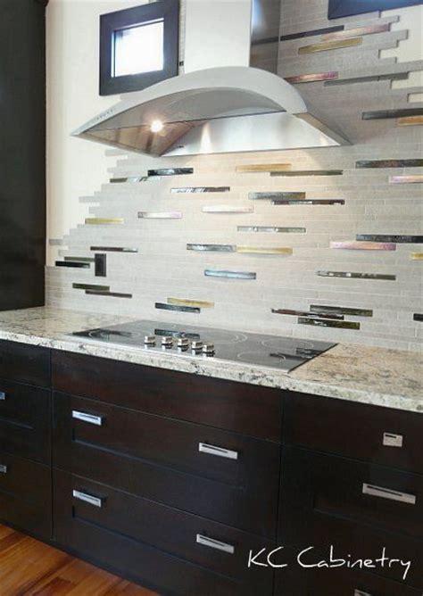 contemporary backsplash ideas for kitchens pin by kc cabinetry on kitchen backsplash treatments