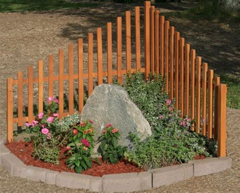 corner fence landscaping awesome corner fence decor ideas that add glam to your garden