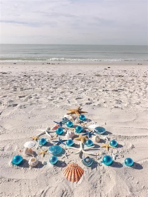 merry monday 01 coastal decoration calabrian - Beachy Christmas