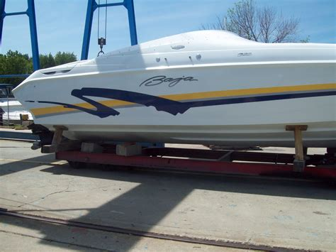 28 Foot Baja Boats For Sale by Boatsville New And Used Baja Boats In Michigan