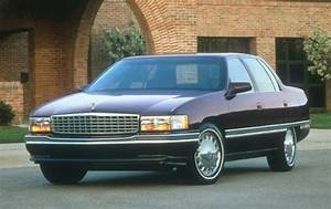 Used 1995 Cadillac Deville Features  U0026 Specs