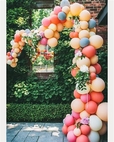 awesome  fun wedding balloon ideas confettiie