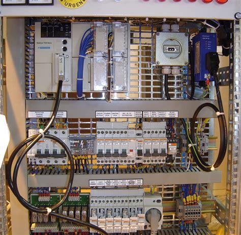 Armoire Electrique Industriel Cablage by C 226 Blage Armoires