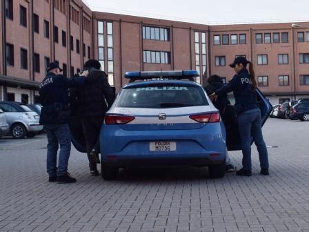squadra volante polizia di stato tre arresti della squadra volante